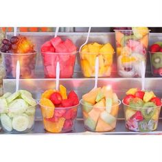 Fresh fruit cups- except a little smaller cups, with less in them, and lime and chile on the side if they want it. Healthy Snacks, Healthy Eating, Healthy Recipes, Healthy Fit, Skinny Recipes, Healthy Options, Healthy Habits, Do It Yourself Food, Think Food