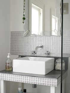 Gorgeous Home Guide | ACHICA Living - via http://bit.ly/epinner