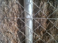 Sistema de fijación para valla de ocultación con seto natural. www.vinuesavallasycercados.com