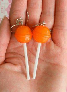 The LOLLIPOP Earrings. kawaii - The LOLLIPOP Earrings…kitsch. Funky Earrings, Diy Earrings, Earrings Handmade, Handmade Jewelry, Gold Earrings, Gold Bracelets, Handmade Wire, Weird Jewelry, Cute Jewelry
