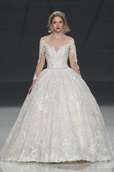 Demetrios Spring 2018 Bridal Fashion Show - The Impression