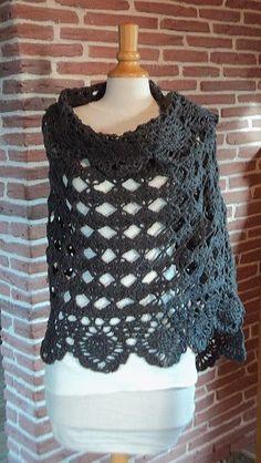 MES FAVORIS TRICOT-CROCHET: Modèle crochet gratuit : L' étole Cendre de Lune Crochet Shawl, Crochet Top, Couture, Crochet Accessories, Pulls, Crochet Hooks, Tatting, Needlework, Crochet Patterns