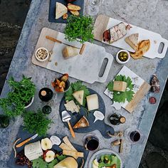 Foodie Friday: The Ultimate Cheese Platter! - The Interiors Addict