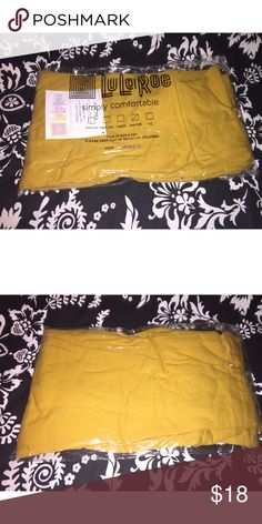New! LuLaRoe OS mustard yellow solid leggings New in package! I am selling for a friend so I will have a few other colors I will be listing soon. These are ONE SIZE that fit 0-10. The color is a beautiful mustard yellow shade. Buttery soft LuLaRoe. LuLaRoe Pants Leggings