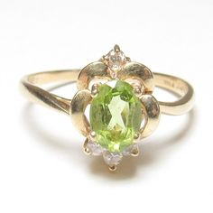 Estate 14K Yellow Gold 0.95 Ct Natural Oval Green Peridot And Diamond Ring #SolitairewithAccents