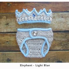 Newborn baby boy clothes, newborn crochet crown and diaper cover set - infant newborn take home outfit baby gift - blue prince crown ~~~~~~~~~~~this listing Crochet Bebe, Crochet For Boys, Crochet Gifts, Irish Crochet, Boy Crochet, Baby Outfits Newborn, Baby Boy Newborn, Baby Boy Outfits, Baby Boys