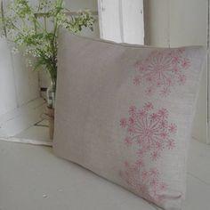' Cow Parsley ' Linen Cushion