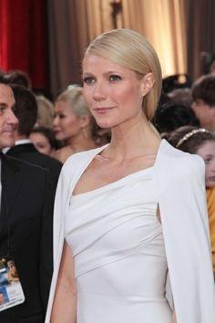 <3 Gwyneth's Long Smooth Tresses