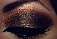 metallic bronze smokey eye