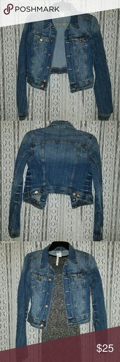 H&M Jean Jacket Great condition. Used to fit like a size 4 before but now it fits like a 2. Bronze colored buttons H&M Jackets & Coats Jean Jackets