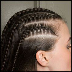 Backstage Beauty: A 'Scottish Outdoorsy' Look with Cornrows and Floating Liner at Marchesa Fall 2014 African Hairstyles, Weave Hairstyles, Hair And Makeup Tips, Hair Makeup, Cornrows, Braids, Editorial Hair, Friend Outfits, Marchesa