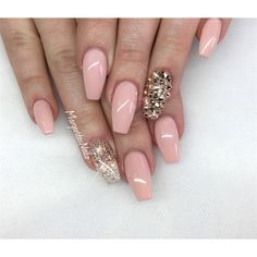 diy glitter nails sliver pink clear gold short white coffin summer black champagne tips neutral #nails #nailart #nailstagram #nailswag #naildesigns #glitter #glitternails #glittermakeup #nailgoals #sliver #gold #summer #diy #design #fashion #beautiful #beauty #gelnails #coffinnails #americangirl #dior #zara #hm #makeup #instagram #style #ring #accessories