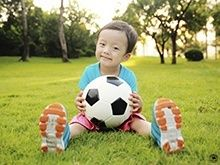 How much physical activity does my child need? When is the right time to start team sports? Find answers to commonly asked questions about physical development here.