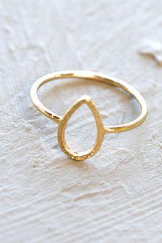 Haya Teardrop Ring