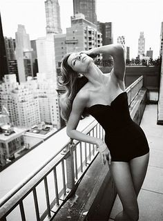 Gisele and Mario Testino Have a Love Affair on Camera (7 photos) - My Modern Metropolis