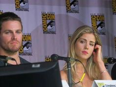 Stephen Amell and Emily Bett Rickards at Comic Con 2013