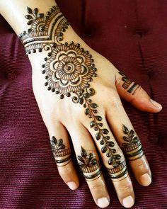 Its a Bridal Henna Day today😄 FauzellA Artistry ------------------------------------------------- ARTISTRY with PASSION -------------------------------------------------#FAUZELLAARTISTRY #fauzellaartistryhennacone #singapore #hennalookbook #mehndi_inspire #henna_i #lookamillion #hennafeatures #sghennaservice #henna #hennainspire #hennaart #bridalsg #hennasg #sghenna #inaisg #bodyart #singapore #hennadesigns #mehndi #mehndiart #design #dulhan #malaywedding #inai #weddingsg #kahwinsingapura…
