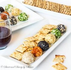 These fun, festive and fabulous mini cheese balls are perfect appetizer to make ahead. Best of all, the single-serve portions make it super easy to serve!