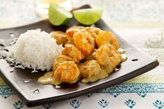 rice and shrimps with cari Greek Recipes, Cauliflower, Shrimp, Seafood, Recipies, Food And Drink, Cooking Recipes, Favorite Recipes, Fish