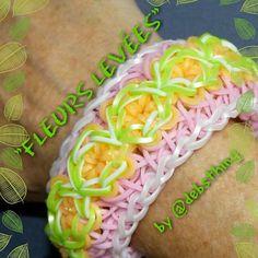 "Rainbow Loom Bracelet - Original Design - ""FLEURS LEVÉES"" (ref # 5h)"