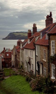 Robin Hoods Bay, Yorkshire, England (by Howard Somerville on Flickr)