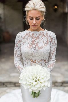 Take a look at the best Winter Wedding dresses 2017 in the photos below and get ideas for your wedding! The 5 winter wedding color schemes that are going to be all over the 2016 to 2017 winter wedding season! Cute Wedding Ideas, Perfect Wedding, Wedding Styles, Dream Wedding, Wedding Inspiration, Elegant Wedding, Formal Wedding, Romantic Weddings, Morgan Stewart Wedding
