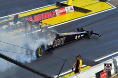 Tony Schumacher wins in the US Army T/F Dragster with DSR Team at the US Nationals
