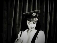 LouLou D'Vil by Bettina May Pin-Up Studio Finland