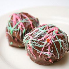 What's Cookin, Chicago?: Peppermint Oreo Truffles
