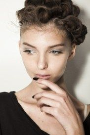 Nail trends for 2014: black nails