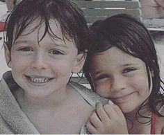 Noah y su hermana gemela