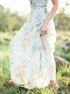 How about this floral #printed #dress for your #bridesmaids? Photo by Erich Mcvey on Engaged and Inspired