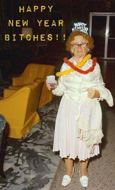 25 Ideas for funny happy birthday ecards dr. Vintage Party, Vintage Holiday, Funny Happy Birthday Pictures, Funny Birthday, Lynda Barry, New Years Eve Party, Vintage Photographs, Funny Photos, Happy New Year