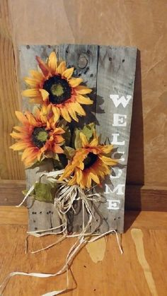 75 Crafty Stunning Dollar Store DIY Fall Decor Ideas DIY-ing your decor is completely a good idea. Sometimes pairing your fall decor with your usual decor can be hard. Fall is a lovely time . Fall Wood Crafts, Autumn Crafts, Pallet Crafts, Diy Crafts, Pallet Ideas, Diy Pallet, Pallet Wood, Pallet Art, Fall Projects