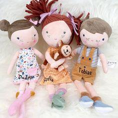 """Gefällt 114 Mal, 6 Kommentare - Baby & Kinder (@mikuliniii) auf Instagram: """"Wir sind verliebt 😍😍 Wie findet ihr denn, das neue Püppchen von @littledutch_official ? Alle 3…"""" Baby Kind, Smile Face, Teddy Bear, Toys, Animals, Instagram, In Love, Puppets, Kids"""