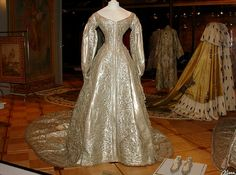1856 Maria Alexandrovna's coronation gown (foreground) and Alexandra Feodorovna's coronation mantle (background) | Grand Ladies | gogm
