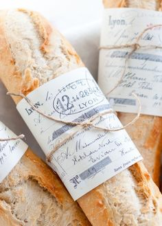 nice way to wrap bread for gift giving -Found on thelittlecorner.tumblr.com via Tumblr