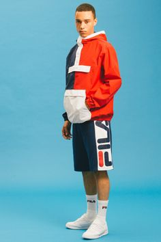 """FILA showcases its Spring/Summer 2016 """"Black Line"""" collection that pays homage to the iconic tennis aesthetics of the '70s and '80s. Comprised of jackets, hats, tees, bottoms and more, the range playfully integrates the oversized """"baggy"""" trends of the '90s with the figure-hugging fabrics of the '80s across both men and womenswear. Expect to find …"""