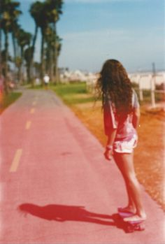 girl, street, shorts, hair, place, image, picture, photo, photography, beach, sand, effect, skate, skateboarder, feet