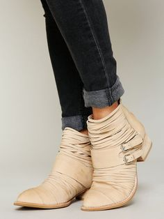 sweet. http://www.freepeople.com/alexey-boot/_/searchString/boots/QUERYID/512790dd575c1f67b400029f/SEARCHPOSITION/8/CMCATEGORYID/683d4023-53f5-4900-b5ce-ecf465df31a9/STYLEID/27140813/productOptionIDs/1798C117-D5E8-4F0F-971E-E37CC166CE76/