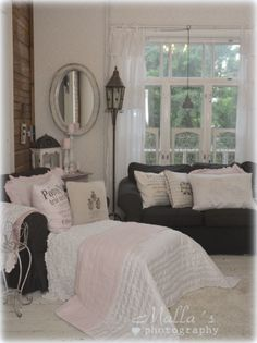 I love the pink and gray. Decor, Interior, Bedroom Nook, Cozy House, Cozy Cottage, Home Decor, Shabby Cottage, Interior Design, Living Room Designs