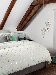 housse de couette dans les tons de blanc et or new lines ah17 en 2019 cozy bedroom luxury. Black Bedroom Furniture Sets. Home Design Ideas