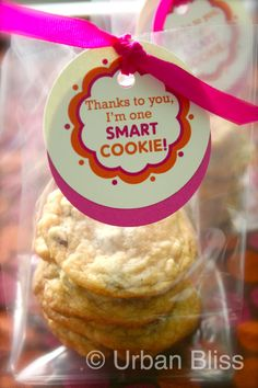 "Alternate sayings:    ""Thanks for coming to Open House, you sure are one Smart Cookie!"" or  ""Good luck in first grade to one Smart Cookie!""...  on & on- lol!  Google Image Result for http://urbanblissdesign.com/life/wp-content/uploads/2012/05/TeacherCookie_01.jpg"