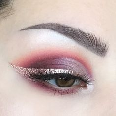"53.4k Likes, 211 Comments - Anastasia Beverly Hills (@anastasiabeverlyhills) on Instagram: ""Friday night inspiration @makeupartist.agata Wearing shadows from the Shadow Couture palette…"""