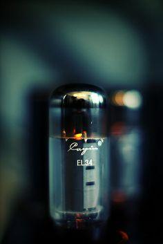 Cayin EL34 vac. tube