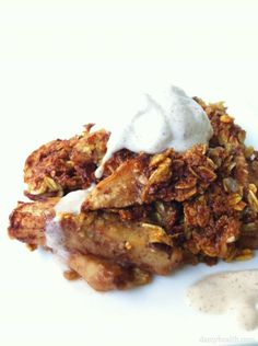 Easy, Vegan Apple Crisp with quick Vegan Ice Cream *This recipe is gluten free, vegan, clean, skinny, warm and delicious!http://www.damyhealth.com/2012/05/vegan-gluten-free-apple-crisp/