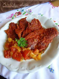 Barbi konyhája: Pirospaprikás tarja Hungarian Recipes, Hungarian Food, Pork Dishes, Tandoori Chicken, Beef Recipes, Sausage, Bacon, Food And Drink, Barbie