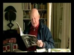 Henri Cartier-Bresson - Biographie eines Blicks (2003) / Diretor: Heinz Bütler / País: Switzerland / Heinz Bütler interviews Henri Cartier-Bresson (1908-2004) late in life. Cartier-Bresson pulls out photographs, comments briefly, and holds them up to Bütler's camera. He talks about becoming and being a photographer, about composition, and about some of his secrets to capture the moment.