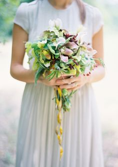 earthy and beautiful bouquet / photo by jose villa