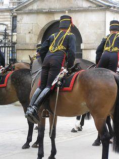 British Army Uniform, British Uniforms, Cop Uniform, Men In Uniform, Riding Helmets, Riding Boots, Man Boots, Royal Horse Artillery, Troops